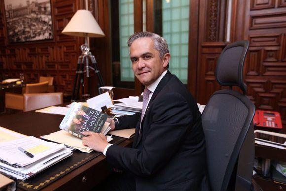 El académico mexicano es jefe de Gobierno de la Ciudad de México desde el 5 de diciembre de 2012. Foto: @ManceraMiguelMX
