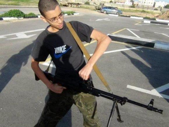Hashem Abedi, de 20 años, es el hermano menor del atacante y fue arrestado Trípoli, la capital de Libia.