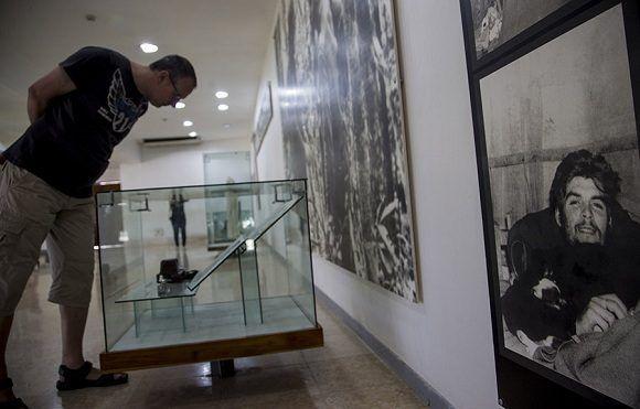 Restauración del Complejo Escultórico Ernesto Guevara, de Santa Clara. Foto: Ismael Francisco/Cubadebate.