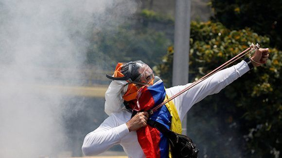 La oposición en Venezuela apela a la violencia. Foto: Carlos Garcia Rawlins/ Reuters.