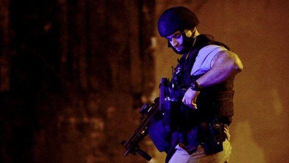 Tres agentes de la policía resultaron heridos, el atacante fue abatido. Foto: AFP.