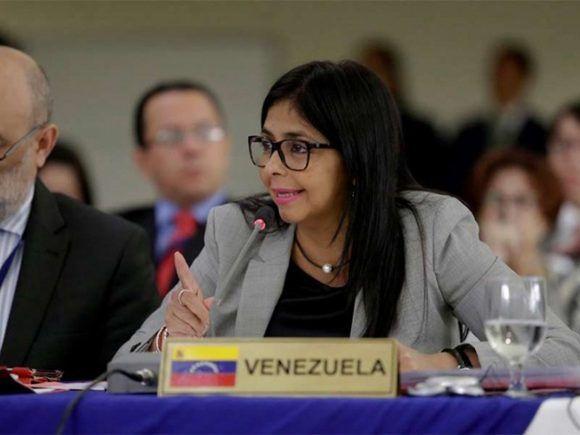 Delcy Rodríguez, la canciller venezolana. Foto: @teleSUR/ Twitter.