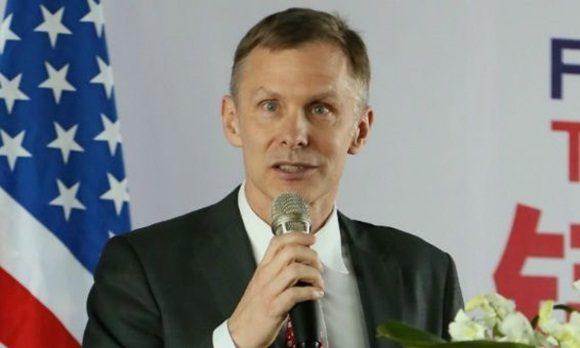 El embajador en funciones de Estados Unidos en China, David H. Rank. | Foto: Embajada de EE.UU, en China