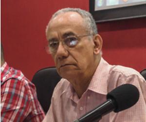 Martínez Heredia durante la lectura de esta ponencia que publicamos. Foto: Centro de Estudios Che Guevara.