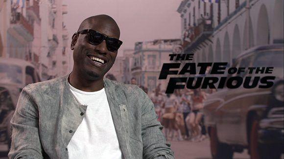 """Tyrese Gibson, actor de """"Rápido y Furioso"""": """"Apreciamos muchísimo haber tenido la oporutinidad de venir y filmar en Cuba"""". Foto: Captura de pantalla/ Sistema Informativo de la TV Cubana/ Cubadebate."""