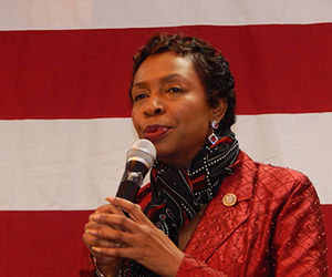 La congresista Yvette Clarke pidió restaurar el 'enfoque práctico y de sentido común' del expresidente Obama  hacia Cuba. Foto: Archivo.
