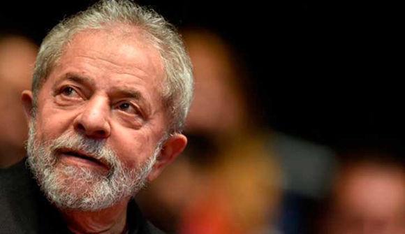 Comentario para una sentencia anunciada, juristas brasileños lanzaron un libro que contesta la sentencia de Moro contra Lula. Foto: La Red 21.
